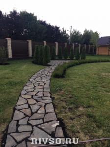 4 Trotuarnii-kameni-dorojki-rabota – po-ukladke