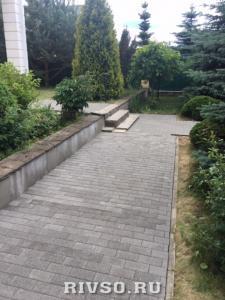 14 Ukladka-trotuarnoi-plitki