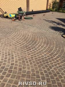 5 granitnii-trotuar-rabota